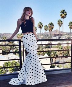 Bella Thorne looking as fashionable as ever! ◘