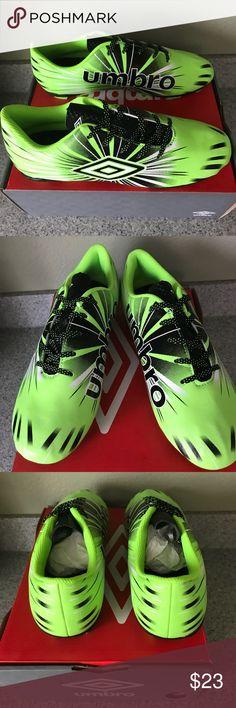 Umbro Kid's Arturo 3.0 FG Soccer Cleats NWB Umbro Kid's Soccer Cleats Size 4.5 Color Green/Black/White Umbro Shoes Sneakers