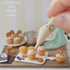 """4,820 Likes, 63 Comments - HeavenlyCake miniatures (@heavenly_cake) on Instagram: """"Lets make cupcakes with mini #icing #pipingbag :) #NoRepostWithoutPermission . ミニ絞り袋でカップケーキ作りましょう〜♫…"""""""