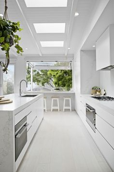Kitchen Design Inspiration for Your Beautiful Home Browse through our incredible collection of luxury kitchen designs ideas and pictures. The post Kitchen Design Inspiration for Your Beautiful Home appeared first on Design Diy. Luxury Kitchen Design, Luxury Kitchens, Interior Design Kitchen, Home Design, Home Kitchens, Kitchen Designs, Modern Kitchens, Contemporary Kitchens, Small Kitchens