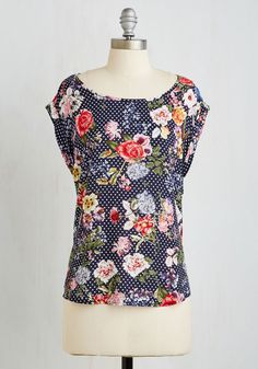 Ambition and Dreamin' Top in Midnight - Multi, Polka Dots, Floral, Print, Casual, Short Sleeves, Summer, Woven, Good, Variation, Scoop, Mid-length