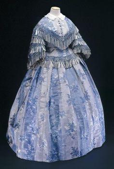 Dress 1858 Musée Galliera de la Mode de la Ville de Paris