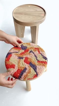 Crafts To Do, Arts And Crafts, Diy Crafts, Crochet Projects, Sewing Projects, Diy Projects, Funky Rugs, Do It Yourself Design, Punch Needle Patterns