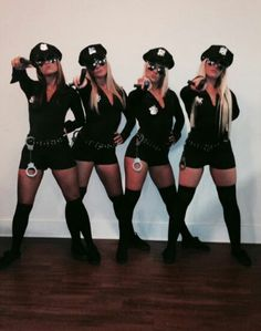 35 Cutest, Craziest & Coolest Group Halloween Costumes for your Girl Squad - Hike n Dip Check out best Group Halloween costumes idea that'll make your girl squad shine like never before. Flaunt your friendship with these Group Halloween Outfits Easy College Halloween Costumes, Cop Halloween Costume, Best Friend Halloween Costumes, Halloween Outfits, Halloween Ideas, Couple Halloween, Swat Costume, Sexy Cop Costume, Devil Costume
