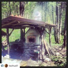 Repost @tschud1 with @repostapp.  Brotbacken. Juhu by woodfiredpotterykilns
