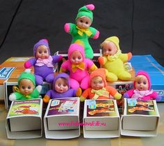 Little dolls in a matchbox toys vintage 1980s Childhood, My Childhood Memories, Sweet Memories, 70s Toys, Retro Toys, Vintage Dolls, Retro Vintage, Vintage Toys 80s, Baby Mobile