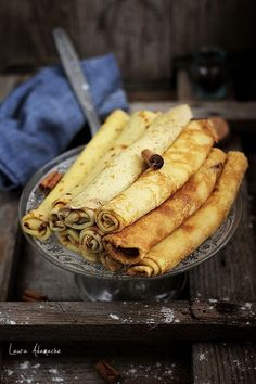 Crepes- thin layer of filling, rolled up. Simple and elegant dessert. Crepes And Waffles, Pancakes, Breakfast Recipes, Dessert Recipes, Delicious Desserts, Yummy Food, Romanian Food, Waffle Recipes, Recipes From Heaven