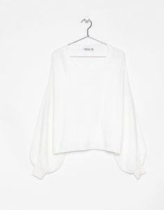 Cropped oversized sweater. - Bershka #cropped #oversized #sweater