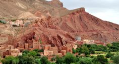 Morocco Guide organize private day trips and excursions with comfortable transfer and experienced gudies in Day trip from Marrakech to Ourika valley. Desert Area, Western Sahara, Activities To Do, Africa Travel, North Africa, Day Tours, Tour Guide, Solo Travel, Day Trip