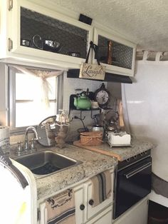 Rv Hacks, Remodel & Makeover That Make Living An Rv Is Awesome (85)