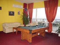Pokoje w hotelu w Bułgarii - jedna z opcji obozów młodzieżowych