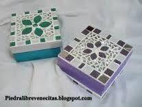 Resultado de imagen para diseño para venecitas Mirror Mosaic, Mosaic Art, Mosaic Glass, Mosaic Tiles, Stained Glass, Mosaic Projects, Projects To Try, Jewellery Boxes, Handicraft