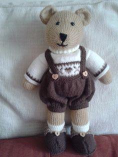 Charlie's bear, made using Mary Jane's Tearoom pattern