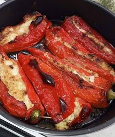 Greek Recipes, Veggie Recipes, Cooking Recipes, Greek Appetizers, Food Hacks, Food Styling, Main Dishes, Bacon, Food And Drink