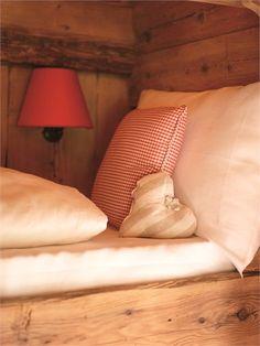San Lorenzo Mountain Lodge - Elle 23, Italy - 2009 - Dellago architekten #interiors #pinspiration #christmas #design