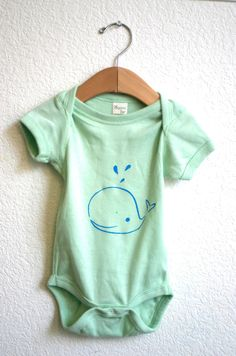 Organic Cotton bodysuit with screen printed Whale illustration