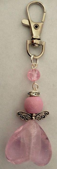 pink angel keyring Rose Jewelry, Beaded Jewelry, Jewelery, Handmade Jewelry, Bead Crafts, Jewelry Crafts, Bracelet Crochet, Beaded Angels, Beaded Purses