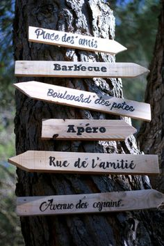 Diy Wedding Decorations 93582 DIY tutorial / Easy writing tips / Directional signs Pretty Writing, Easy Writing, Writing Tips, Diy Wedding On A Budget, Diy On A Budget, Wedding Ideas, Wedding Signs, Rustic Wedding, Deco Champetre
