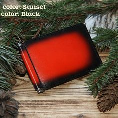 Simple, sleek, stylish and functional money clip!   Can contain more than 10 cards!    More information: osws.etsy.com    #oswleather #walletformen #moneyclip #liveincolors #sunset #creditcards #handmade #thinwallet #slimwallet