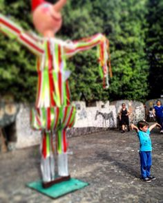 #child #italy #tuscany #collodi #paesedeibalocchi #clown #pagliaccio #happy #happiness #childood #like #love #sweet #cute #lovely #fun #funny #colour #colours #joy #niño #imitation #garden #nature #natureart #art #fairy #place #fantasy #magic  by stefania_galasso