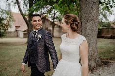2020_Franziska_Lukas_Hochzeit_ Süßes Brautpaar und ihre tolle Hochzeit im schönen Frankenland - mit mega Hochzeitsauto – einem #bulli  #hochzeitsfotograf #hochzeitsreportage #destinationwedding #brautpaarshooting #belovedweddingstories #thetruebride #hochzeit2021 #hochzeitsplanung2021 #wirheiraten2021 #wirheiraten #braut2021 #heiraten2021 #bridetobe #instabraut #hochzeitswahn #braut2021 #hochzeitsfotografwiesbaden #hochzeitsfotografmainz