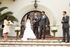just married, santa barbara courthouse fiesta stage wedding, kristin renee photographer http://santabarbaracourthouseweddings.net
