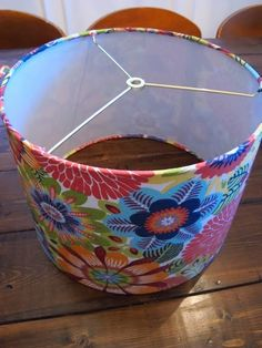 How to cover a lamp shade with fabric!