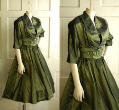 Elegantly beautiful olive green 1950s vintage holiday/party/evening dress from etsy seller Dalena Vintage. #vintage #1950s #fashion #dresses #green