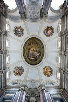 The Honour Grand ceiling in the Caserta royal palace www.showinmyeyes.com
