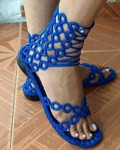 CROCHE COM RECEITA: Sandálias em croche lindíssimas azul royal