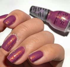 Kylie Jenner's polish from Sinful Colors: Krushed Velvet with Essie: Shine of the Times on top
