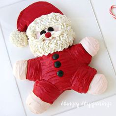SO cute...Roly Poly Santa Cake...how to...