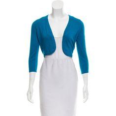 Pre-owned Oscar de la Renta Cashmere Knit Shrug ($175) ❤ liked on Polyvore featuring outerwear, blue, blue shrug, long sleeve shrug, oscar de la renta, cardigan shrug and shrug cardigan