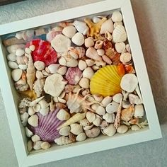 My seashell craft made with the frame from IKEA. Easy and quickly! It reminds me of summer!