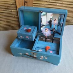 RARE-Vintage-50s-JAPAN-Wood-LACQUER-Jewellery-MUSIC-Box-DANCING-Ballerina-COUPLE