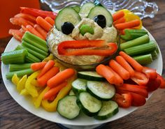 monster party hummus & veggie plate