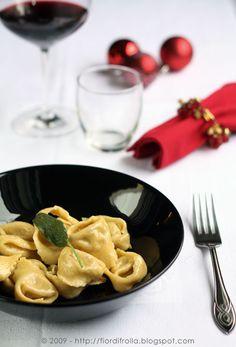Tortelloni ricotta e porcini #recipe #juliesoissons