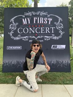 """""""I did it guys. Asking was amazing.I'll definitely be back! Ben Bruce, I Just Said, Good Jokes, My Happy Place, Twitter Sign Up, Hilarious, Thankful, Let It Be, Shit Happens"""