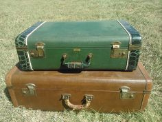 A variety of vintage suitcases to RENT <3