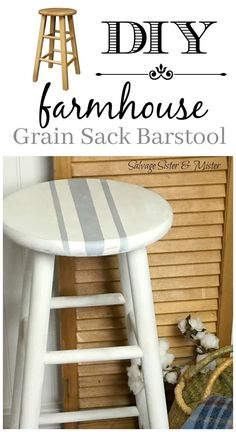 We took a thrifted bar stool and did a makeover to give it… Love farmhouse style? We took a thrifted bar stool and did a makeover to give it a whole new look. This DIY farmhouse barstool… Continue Reading → Painted Stools, Painted Bar Stools, Redo Furniture, Painted Furniture, Farmhouse Diy, Diy Stool, Stool Makeover, Home Diy, Country House Decor