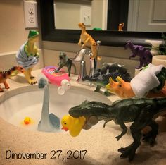Dinovember ideas Best Picture For elf on the shelf ideas for toddlers girls For Your Taste You are l Dragon Dreaming, Dinosaur Photo, Night Elf, Toys Photography, The Elf, Animal Party, T Rex, Animal Crossing, Holiday Fun