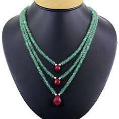 Three row emerald necklace with ruby drops wedding jewelry necklace etsymktgtool beadswholesale largediamonds rubynecklace making of de casamento 150 fotos inspirao Ruby Jewelry, Bead Jewellery, Wedding Jewelry, Diamond Jewelry, Fine Jewelry, Jewellery Shops, Unique Jewelry, Emerald Necklace, Gemstone Necklace