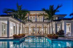 Florida Homes Exterior, Dream Mansion, Dream Beach Houses, Beautiful Pools, Dream House Exterior, Villa Design, Future House, Luxury Homes, Outdoor Living