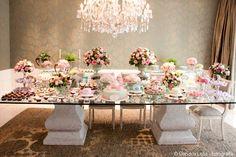 mesa cha de cozinha cor de rosa flores feminina