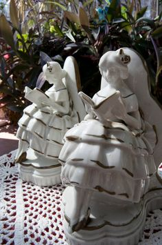 victorian girls reading bookends. $40.00, via Etsy.