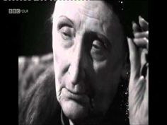 ▶ Dame Edith Sitwell, 1959 interview. - YouTube