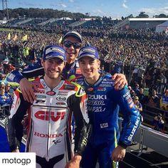 Podium pals // @calcrutchlow @valeyellow46 @maverickvinales25 #MotoGP.  .  .  #AustralianGP #Rossi #Crutchlow #Viñales # # #Podium #Sport #Racing http://ift.tt/2dzQWwy