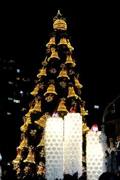 Christmas decoration made ​​of plastic bottles in Santa Maria - Brazil