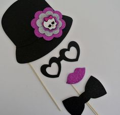 Monster High photo props #party #ideas