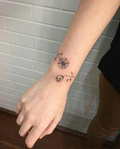 Wrap Around Wrist Tattoos, Simple Wrist Tattoos, Meaningful Wrist Tattoos, Wrist Tattoos For Women, Tattoo Designs For Women, Unique Tattoos, Beautiful Tattoos, Tattoos For Guys, Mini Tattoos